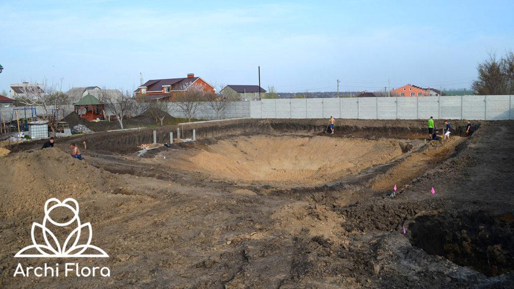 Подготовка участка к строительству пруда в Харькове